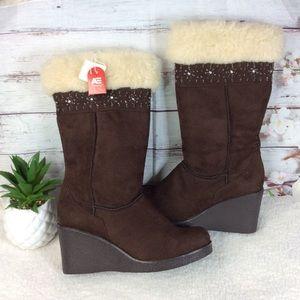 American Eagle Brown Fur Wedge Heel Boots Sz 9.5
